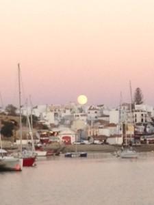 Moon rising 27th Sep 2015 over Alvor